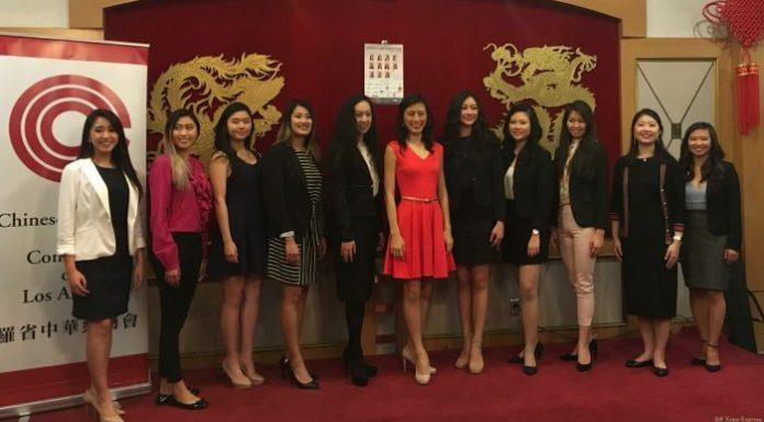 2018罗省华埠小姐候选佳丽第一次集体亮相。肖凯荣摄